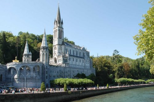 Opera Romana Pellegrinaggi: Lourdes for everyone