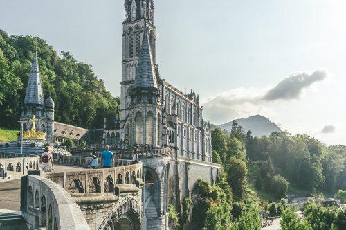 ¡Viaja en uno de los vuelos chárter Albastar y vive tu mejor experiencia de turismo religioso!
