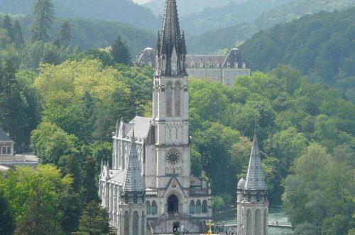 Albastar ritorna a volare a Lourdes con Unitalsi